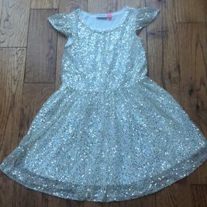 🔥3/$20. White dress with gold sequins. L